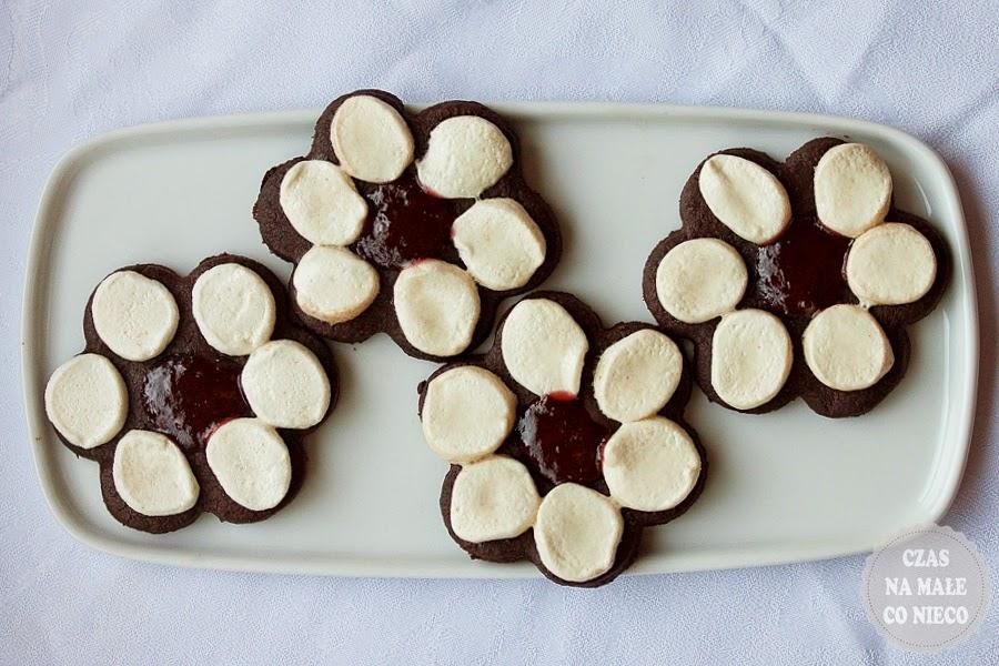 ciasteczka kwiatki z piankami marshmallows