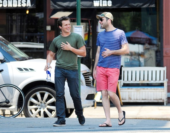 are enjoying themselves  Zachary Quinto and boyfriend Jonathan Groff    Jonathan Groff Boyfriend Zachary Quinto