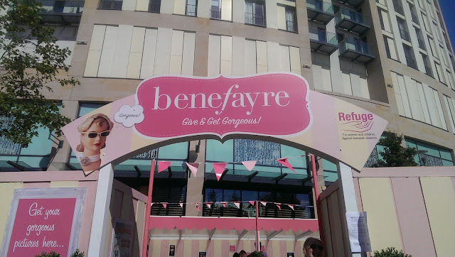The outside of the Benefayre