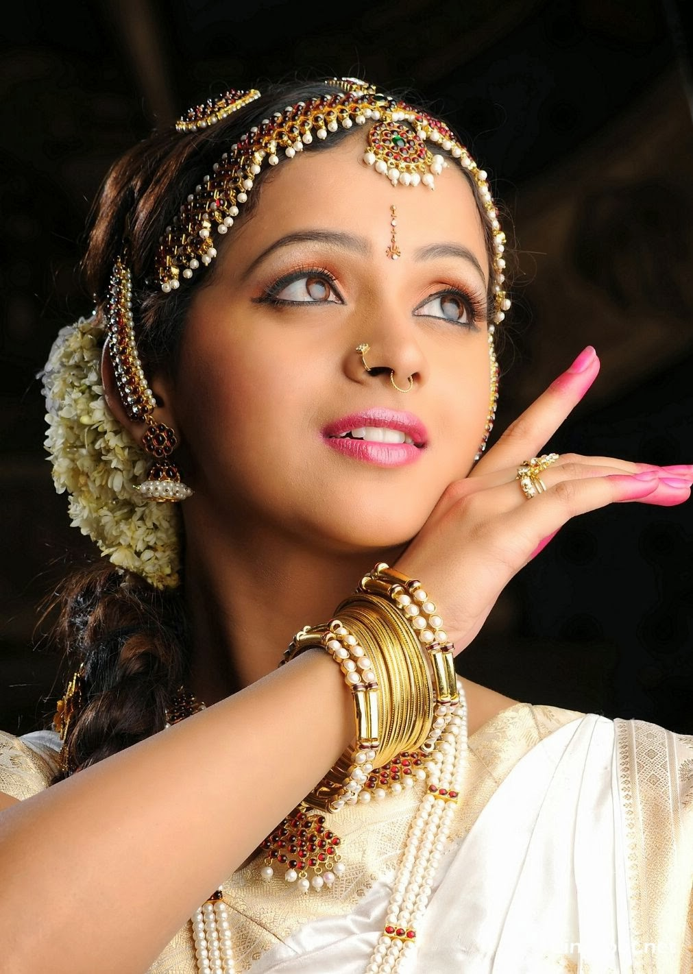Bridal Makeup Name List : Desi Telugu Foto Bugil Bokep 2017