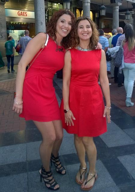 Chicas de rojo