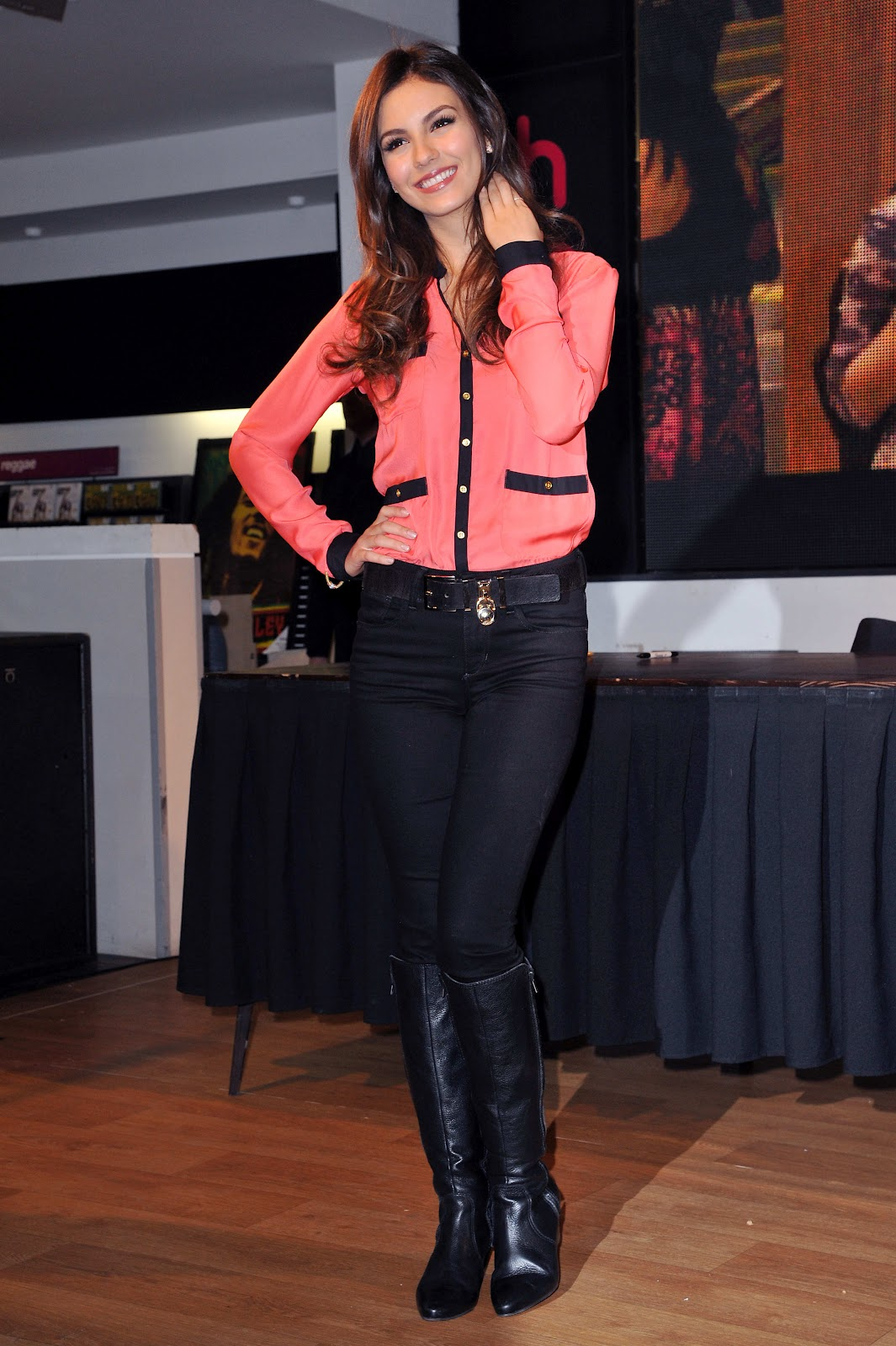 Victoria Justice Wearing Boots