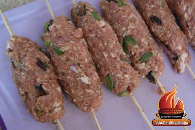mięso mielone wieprzowe nadziewane na szaszłyki kumin rzymski majeranek grill bbq