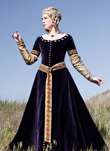 Noble Cloak: Renaissance Costumes, Medieval Clothing, Madrigal ...