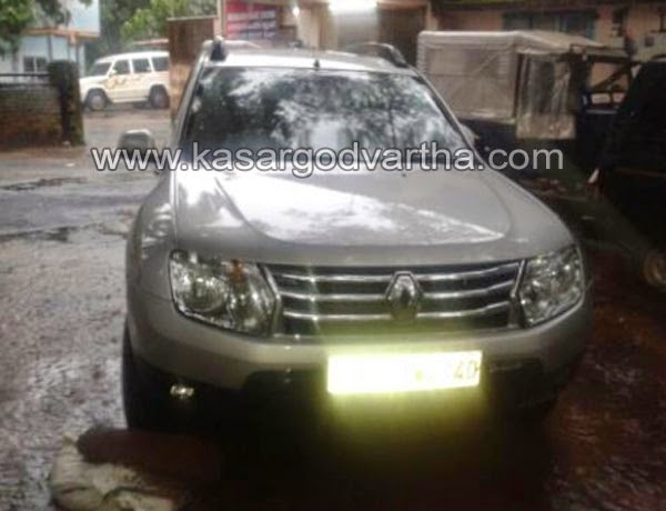 Kasaragod, Ullal, Police, Arrest, Accuse, Car, Kerala, Weapons, 4 member robbers busted