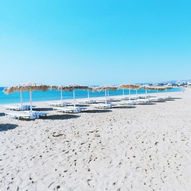 Jelena Zivanovic Instagram @lelazivanovic.Glam fab week.Golden beach,Paros.Chrissi akti Paros.