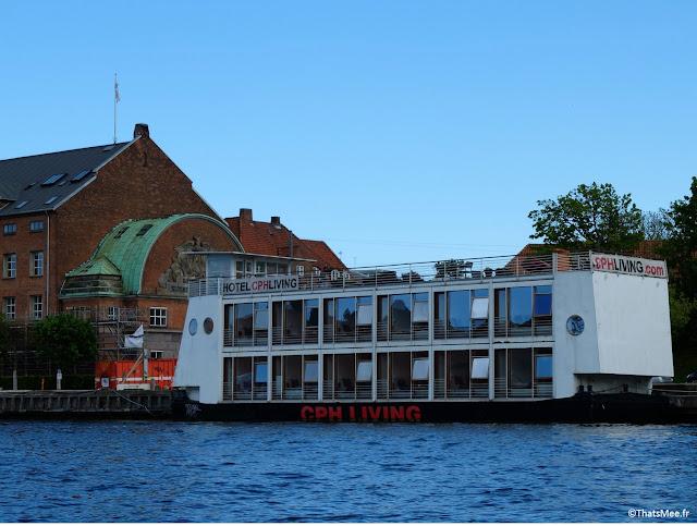 canaux copenhague danemark tour en barque auberge de jeunesse YHA flottante canal