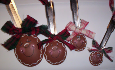 Gingerbread family ornaments 1