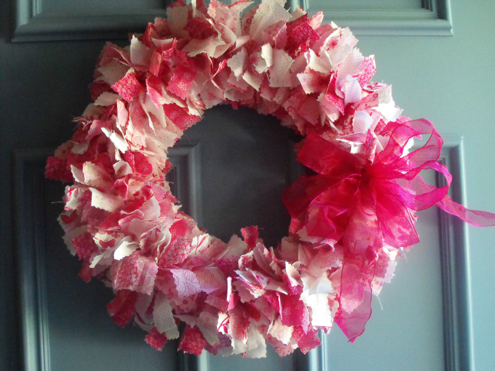 how to make homemade fabric wreaths