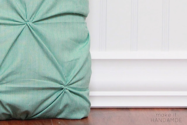 The Twist Pillow by Make It Handmade.