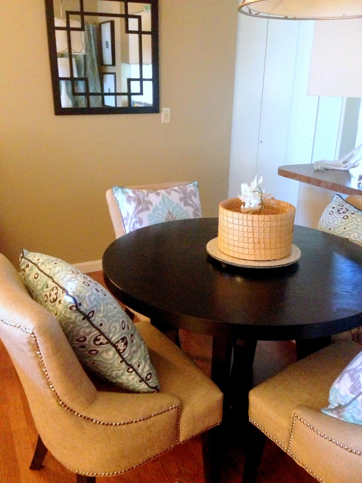 Pillows for dining room chairs