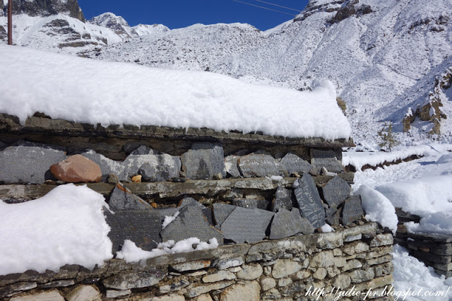 Himalayas, Гималаи, Annapurna Circuit, Nepal, Непал, трек вокруг Аннапурны, Manang, Мананг, резьба по камню