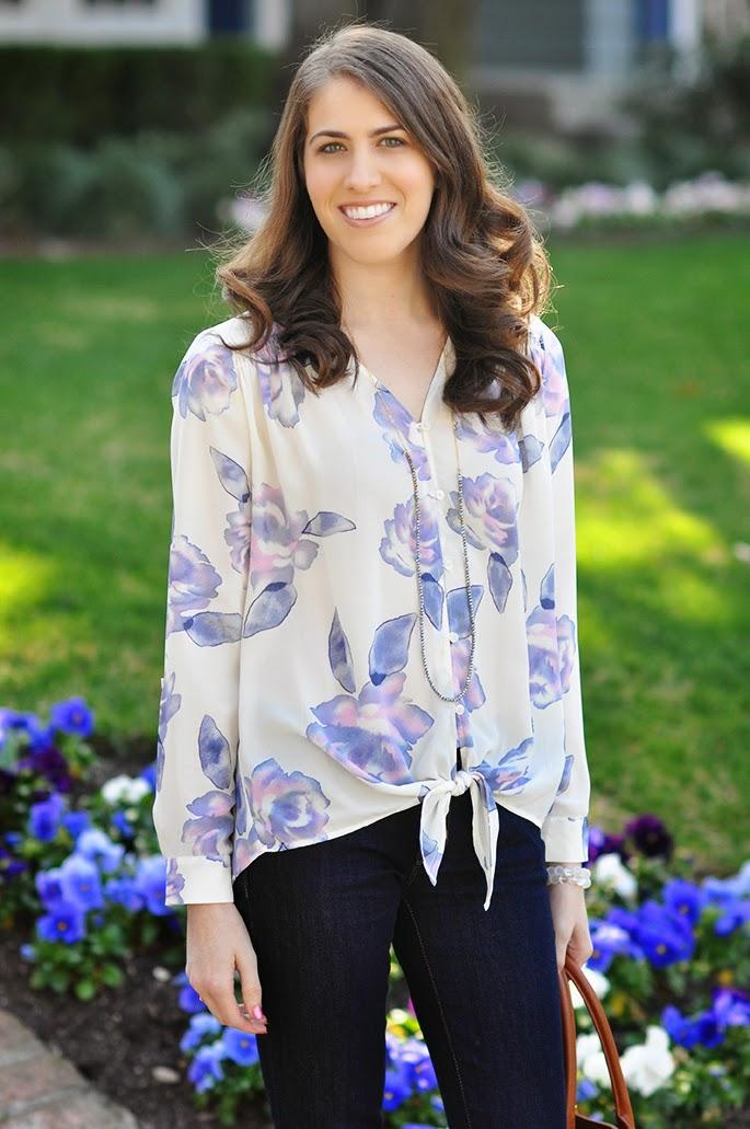 Ro & De tie front blouse