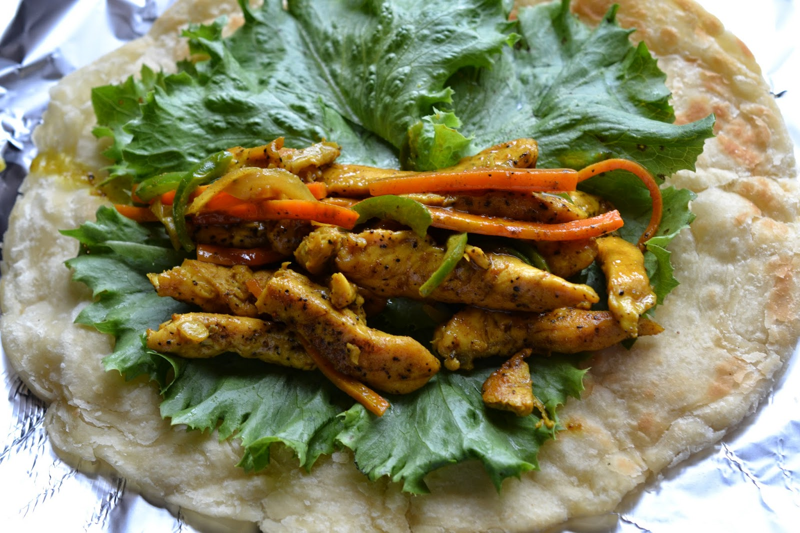 Greedy Girl : Curry chicken wrap