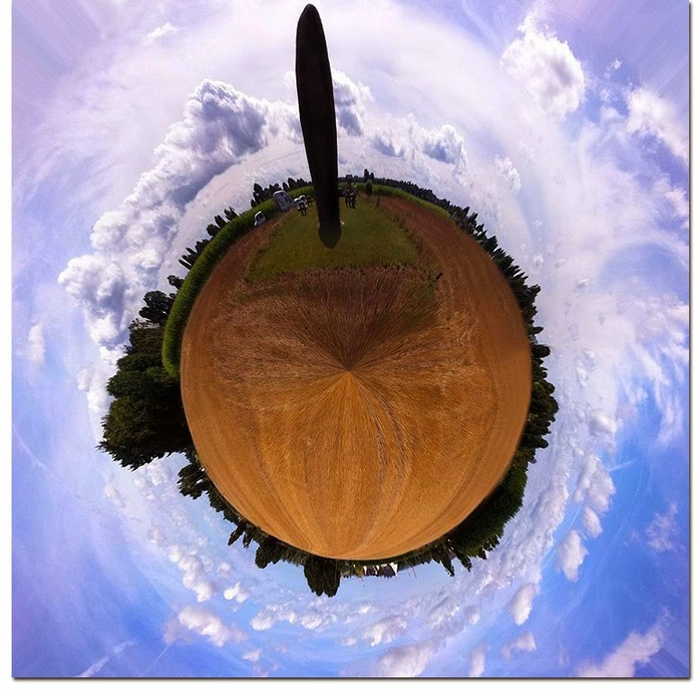 Stereograpic projection 360 degrees of the Menhir de Champ-Dolent