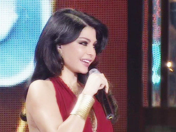 Sabine - The star Sabine at celebrity duets singing...