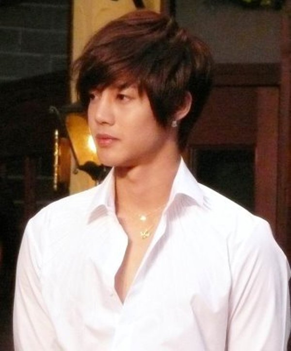 All Images Of Kim Hyun Joong http://ithaoktafa.blogspot.com/2012/04/kim-hyun-joong-photos.html