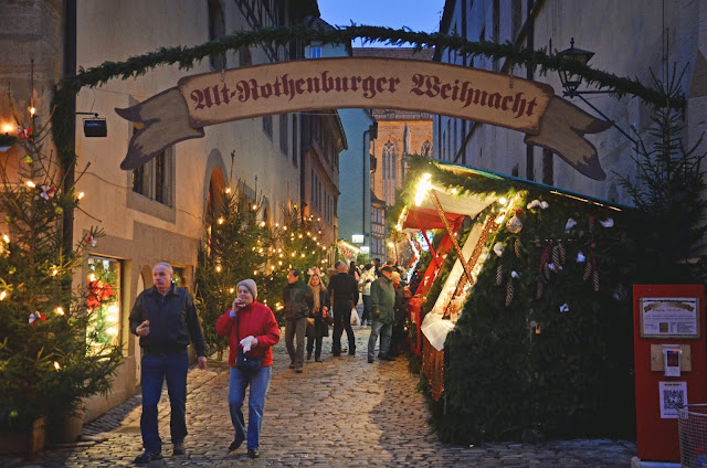 We Took the Road Less Traveled: Rothenburg Christmas Market: Day ...