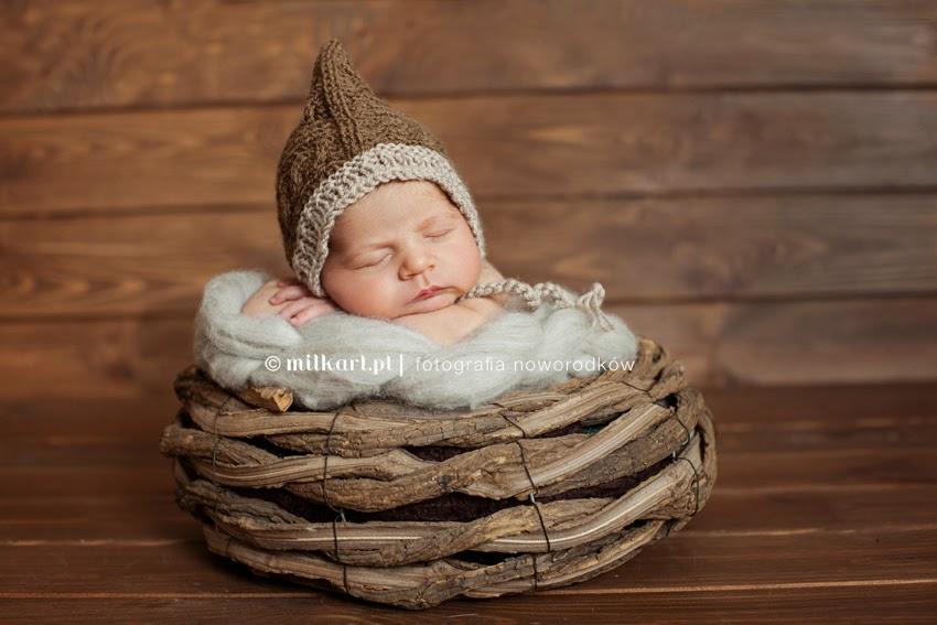 sesja zdjęciowa noworodka, fotografia rodzinna, sesje noworodkowe, fotograf dziecięcy, studio fotografii noworodkowej w poznaniu