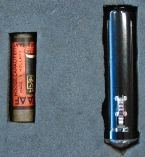 The torch and battery found in  the possession of Josef Jakobs.  Held at the National Archives.  (photo copyright G.K. Jakobs)