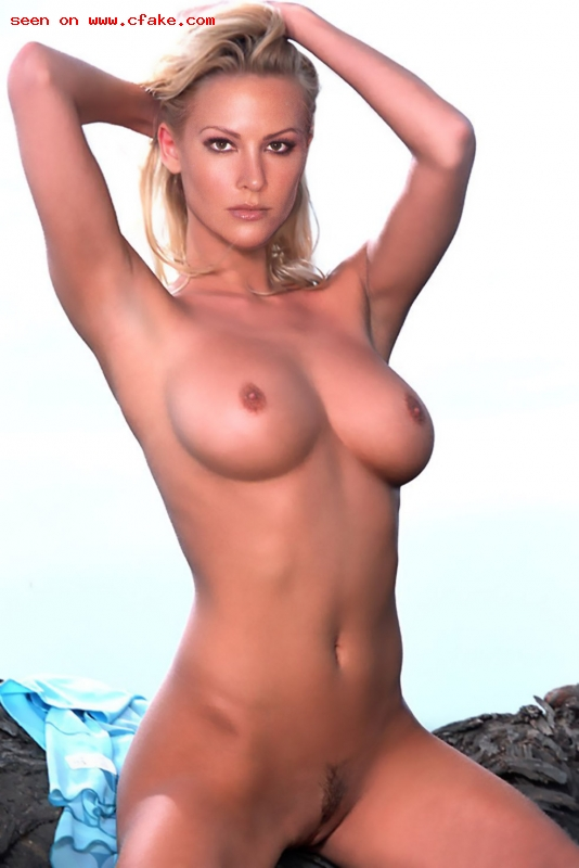 The Hottest Twin Alive: Brittany Daniel Naked Breakcom