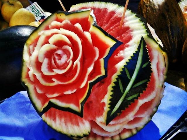 Fruta tallada por Alfredo