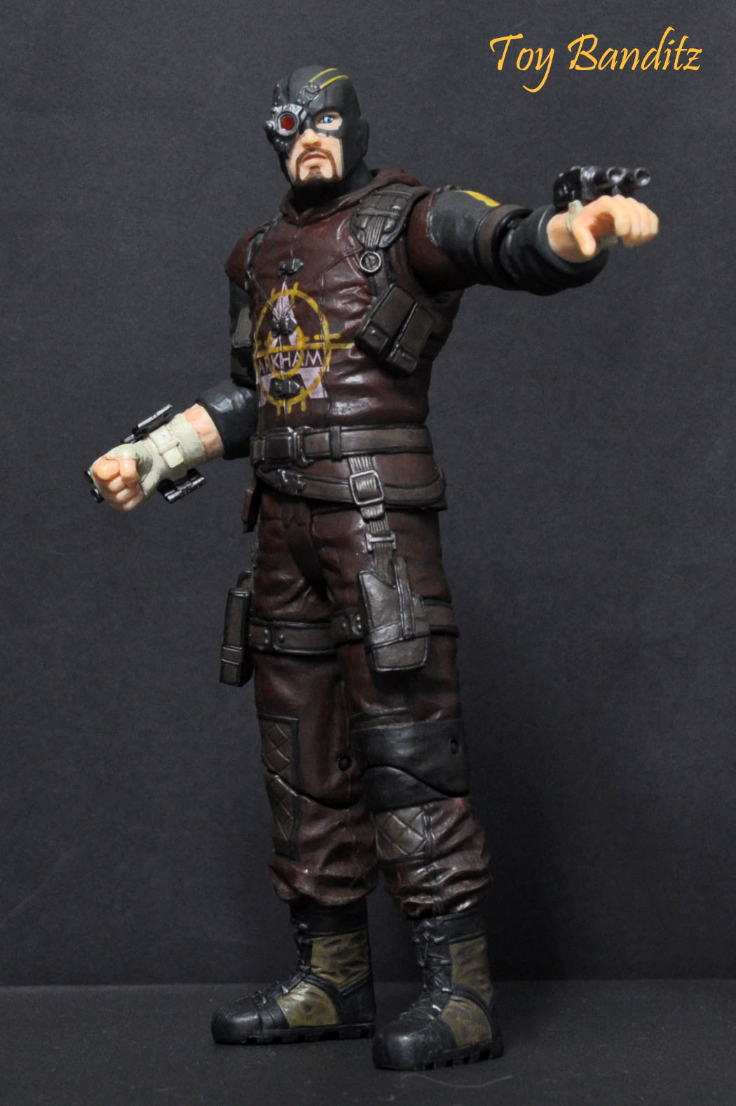 Toy Banditz DC COLLECTIBLES ARKHAM CITY SERIES 4 DEADSHOT