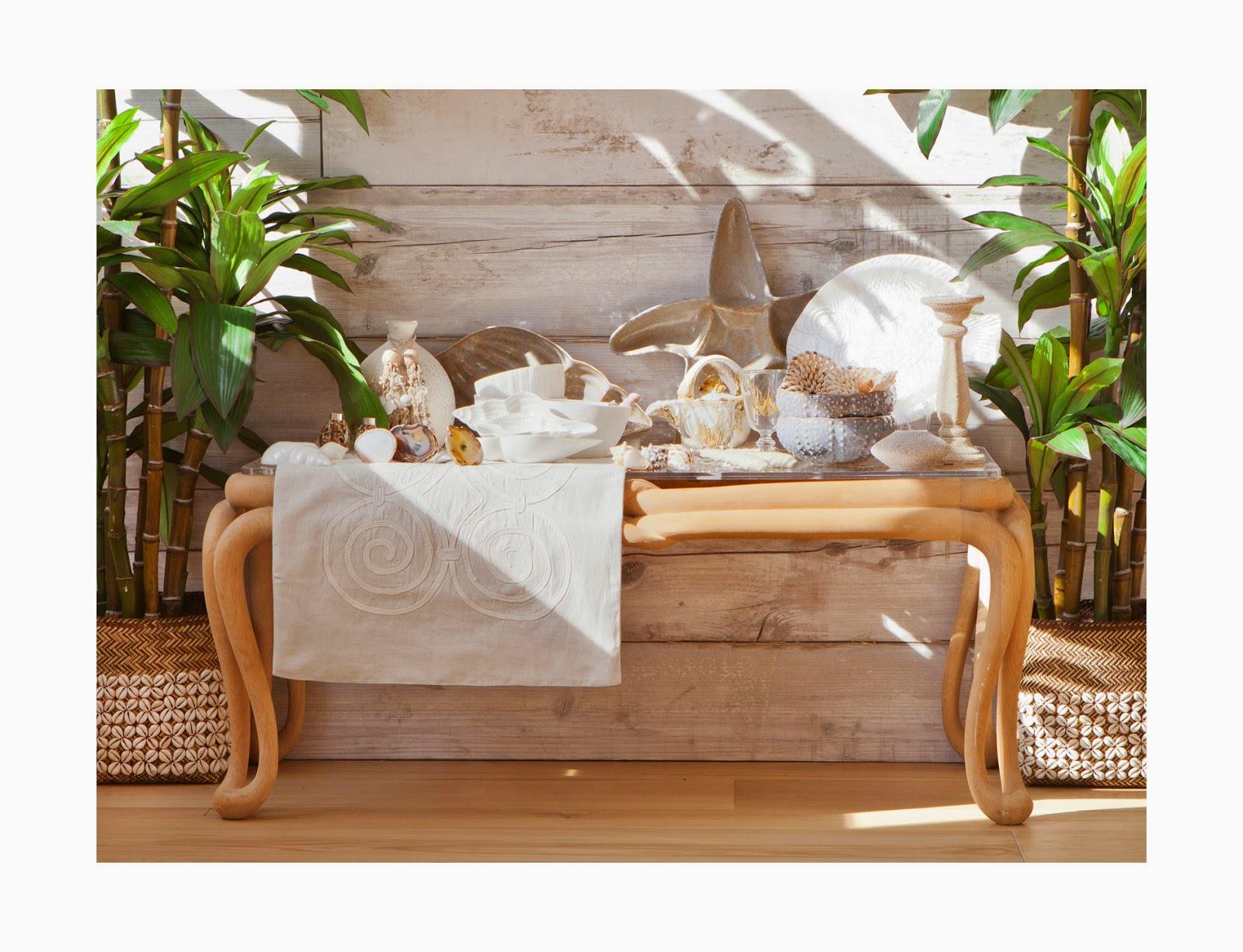 ZARAHOME: madera clara, lino y elementos decorativos blancos