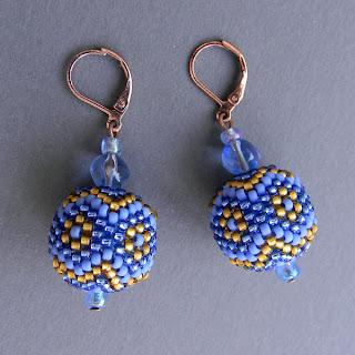 купить серьги шарики бусины круглые оплетенные бисером украина