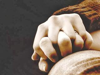 Tips Posisi Berhubungan Suami Istri Saat Hamil