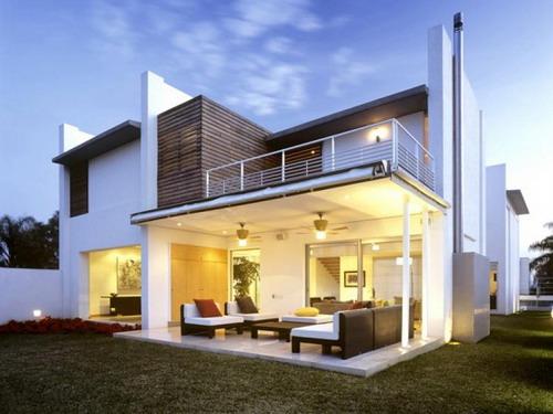 modern homes exterior views