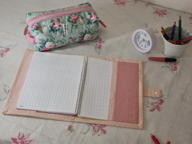 capa de caderno de patchwork