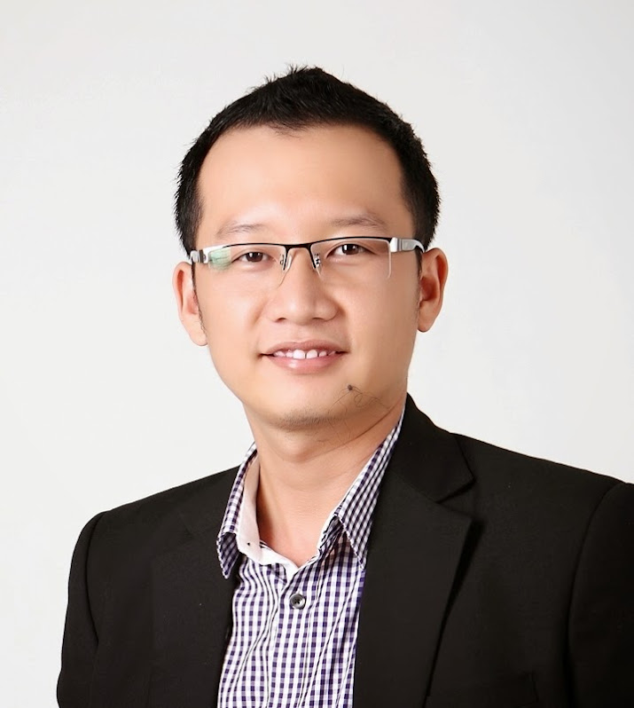 Mr. Brad - Sale Director