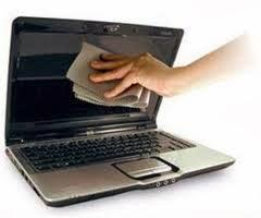 menjaga-kebersihan-layar-laptop