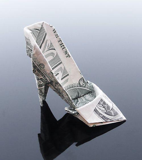 http://3.bp.blogspot.com/-Y2XMLJ_4-vY/Th5pXE5WIYI/AAAAAAABG1s/PMuXrbAMsgA/s1600/dollar_origami_art_07.jpg