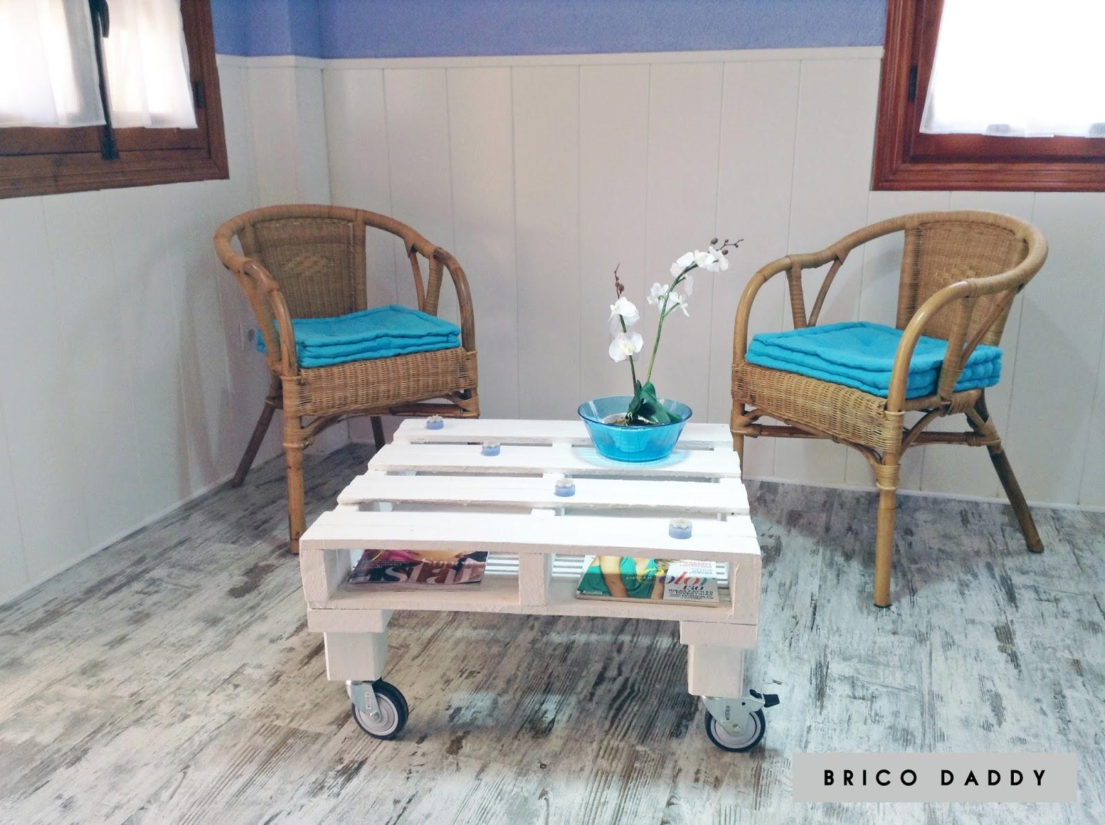 C mo hacer una mesa con palets diy naif sss - Como hacer una mesa con palets ...