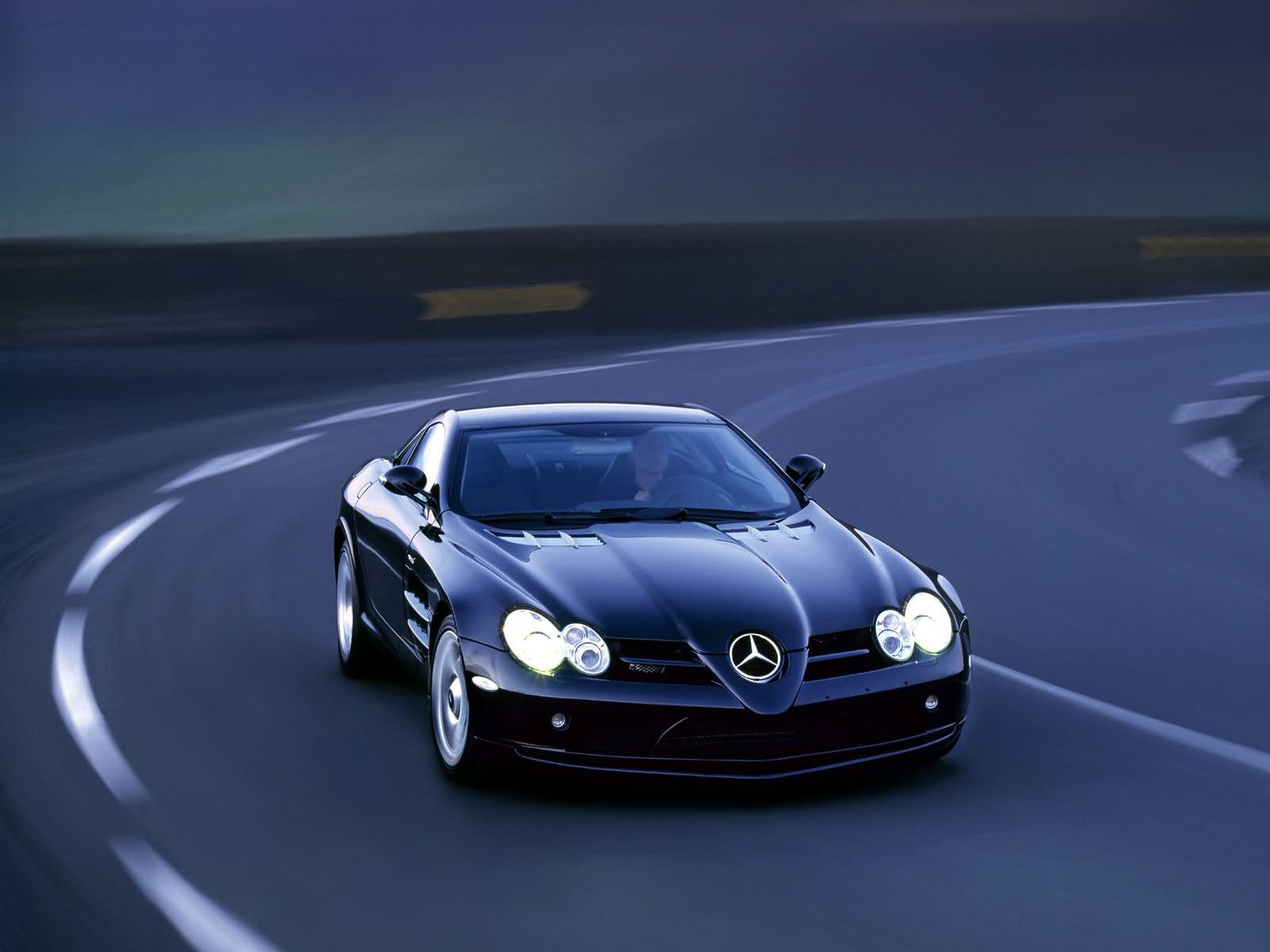 http://3.bp.blogspot.com/-Y2cIZNUCrxw/To6rx09GrqI/AAAAAAAAEGw/Da3DyWsMTC0/s1600/mercedes-benz-slr-sports-car-20.jpg