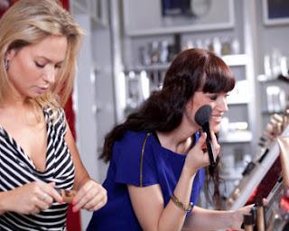 5 Perangkat MakeUp Yang Wajib Anda Punya