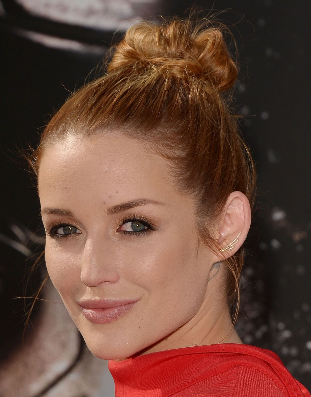 Terminator Genisys Hot actress Sarah Dumont Full HD Images & Wallpapers