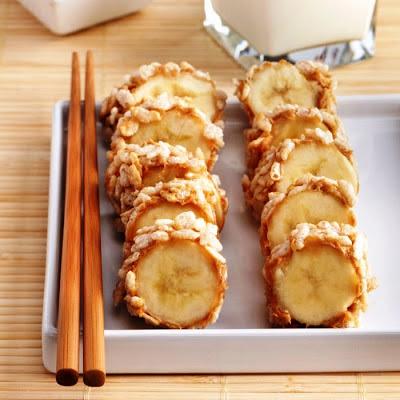 "Rice Krispies Peanut Butter Banana ""Sushi"" | Amazeball Eats"
