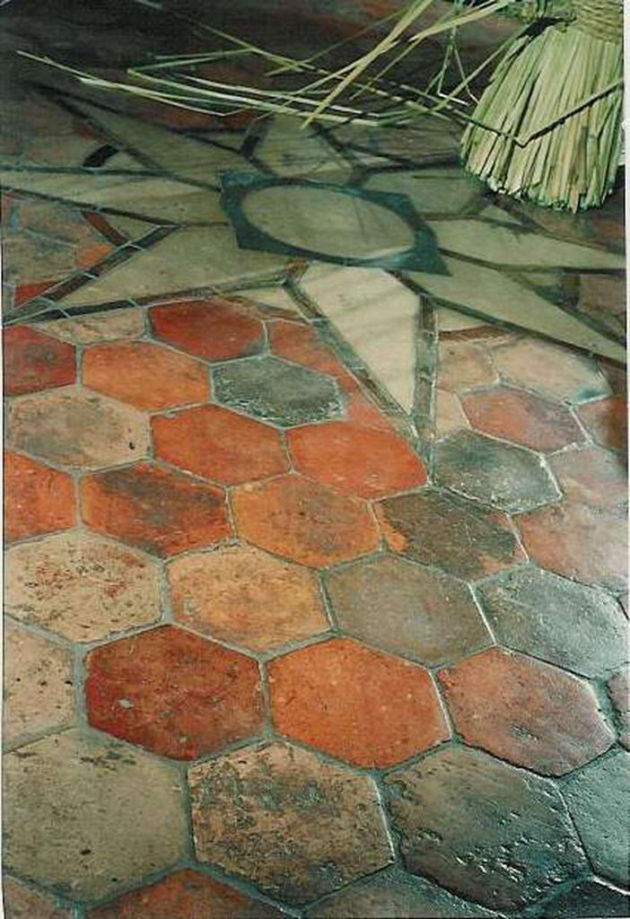 Antieke Bouwmaterialen THEO EVERS  Terra Cotta