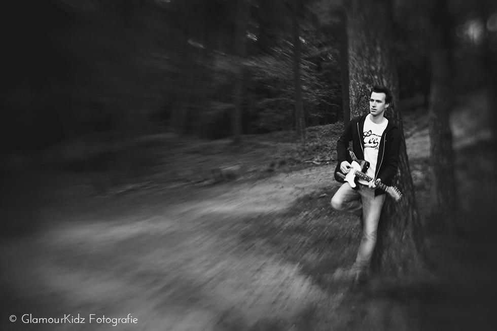 lensbaby portret workshop apeldoorn fotograaf natuurlijk licht familie glamour gitaar