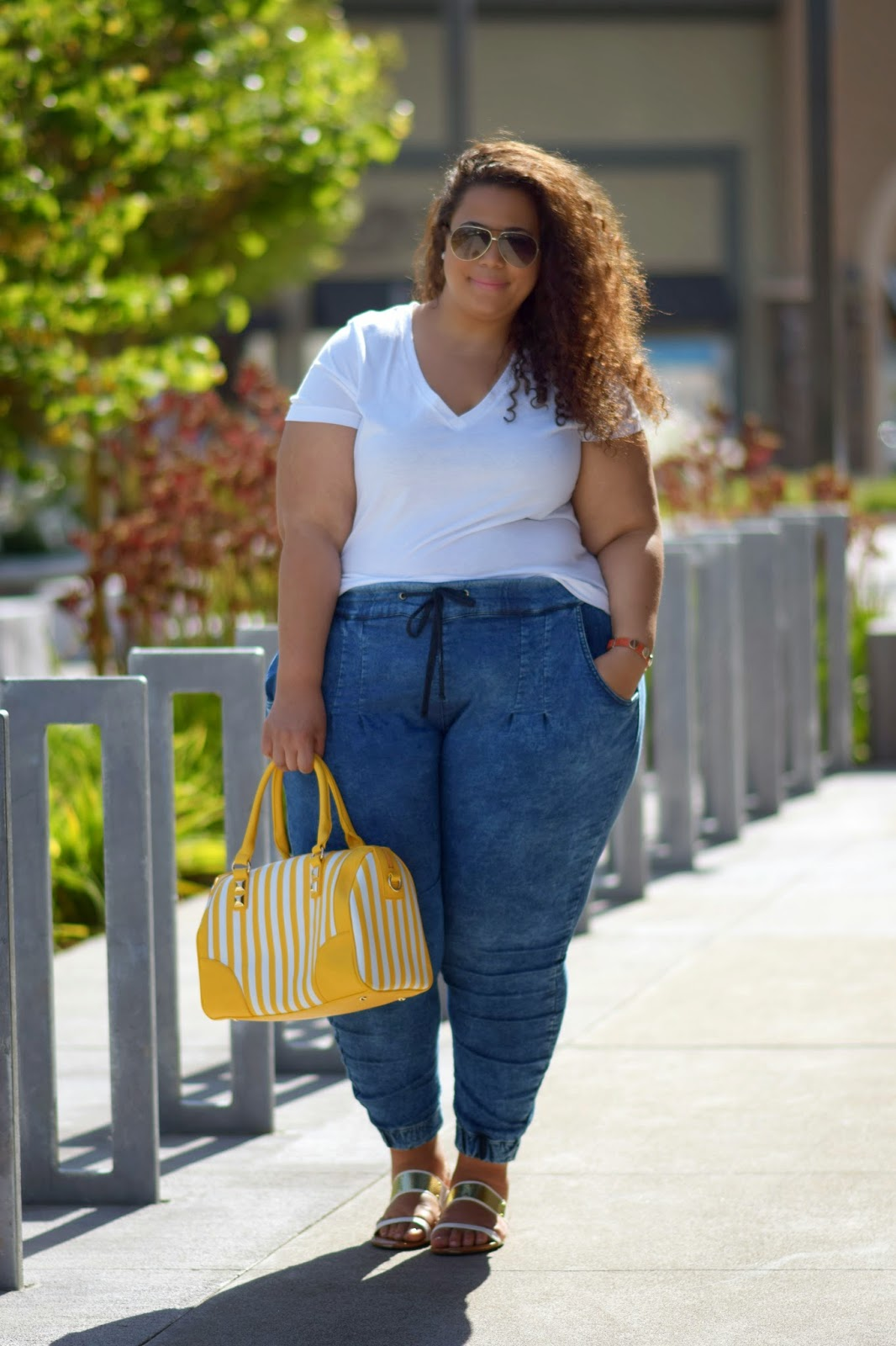 GarnerStyle | The Curvy Girl Guide: T-Shirt & Jeans Do Exist for ...