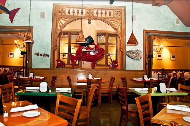 Red fish grill best seafood restaurant on bourbon street for Red fish catering