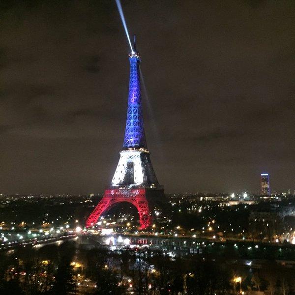 Tour Eiffel_________________ PARIS