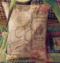 VINTAGE STYLE SEWING COLLAGE PILLOW TUCK