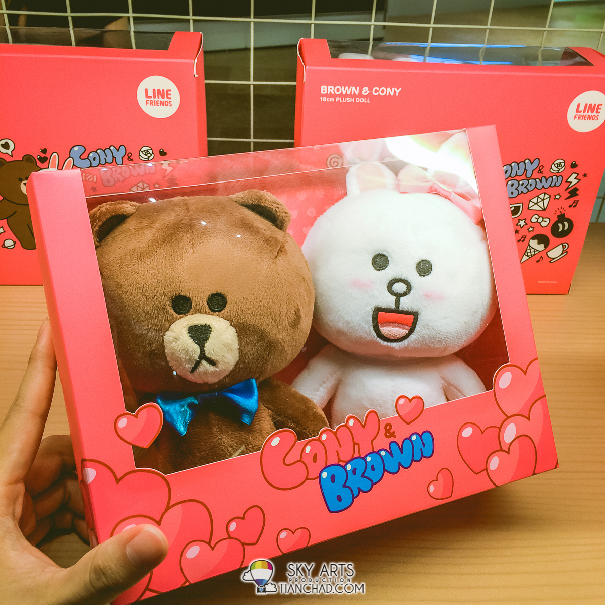 Cony and Brown at LINE Friends Pop-Up Store