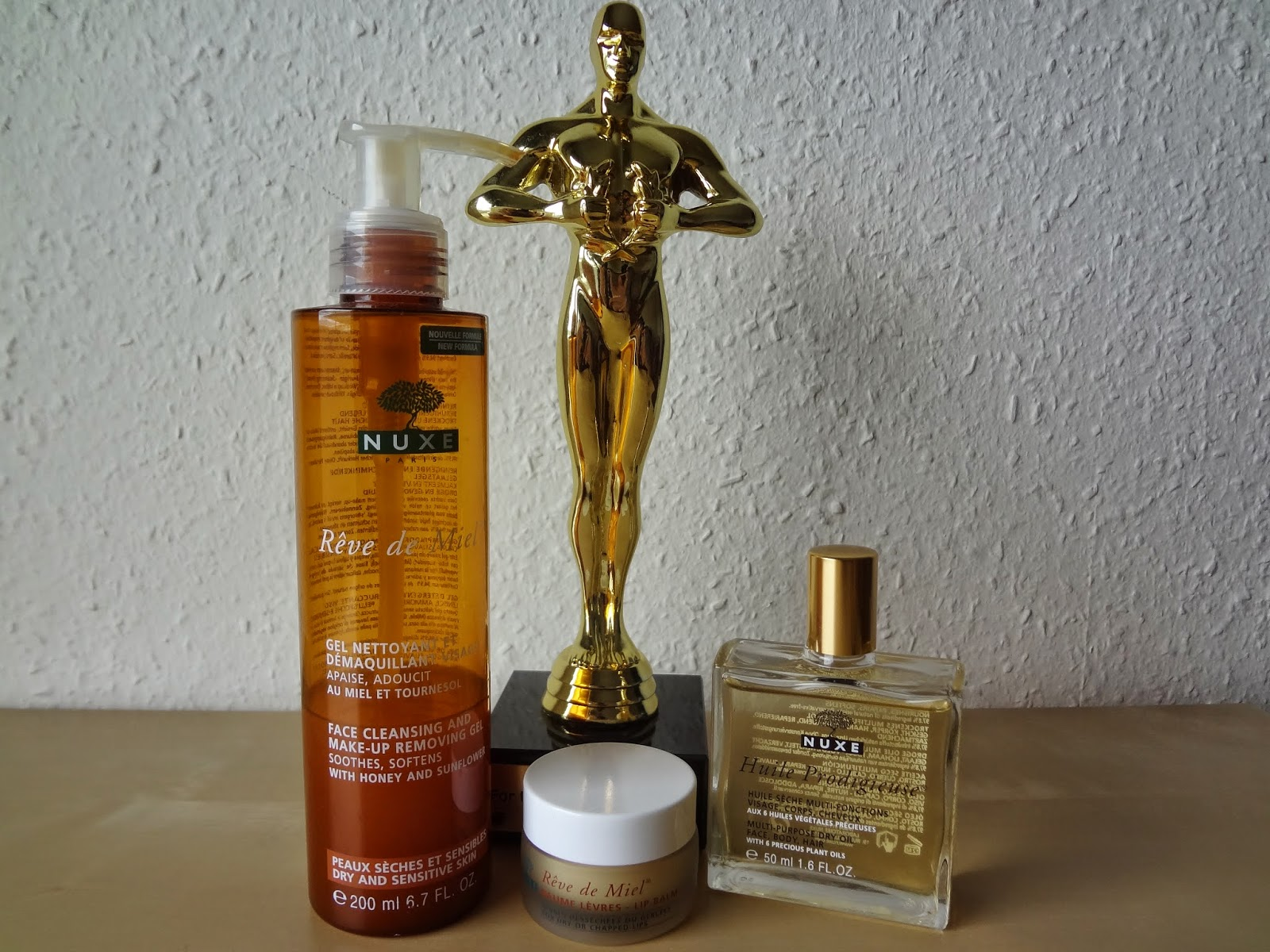 revue-review-products-favorites-favoris-nuxe-reve-miel-gel-nettoyant-demaquilant-visage-baume-levres-huile-prodigieuse-beauty-oscars-skincare-oil-lipbalm