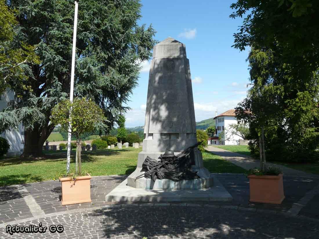 Actualit s de la grande guerre le monument aux morts de - Office de tourisme de cambo les bains ...