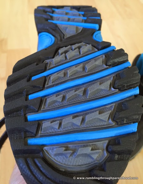 Impressive grip on the soles  - Giz Gaz walking boots by Trespass